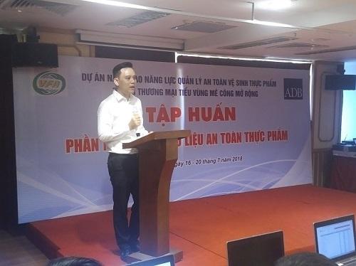 Tap huan ve sinh an toan thuc pham cho doanh nghiep la can thiet