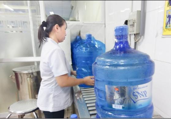 Việc đánh giá an toàn nước uống bình