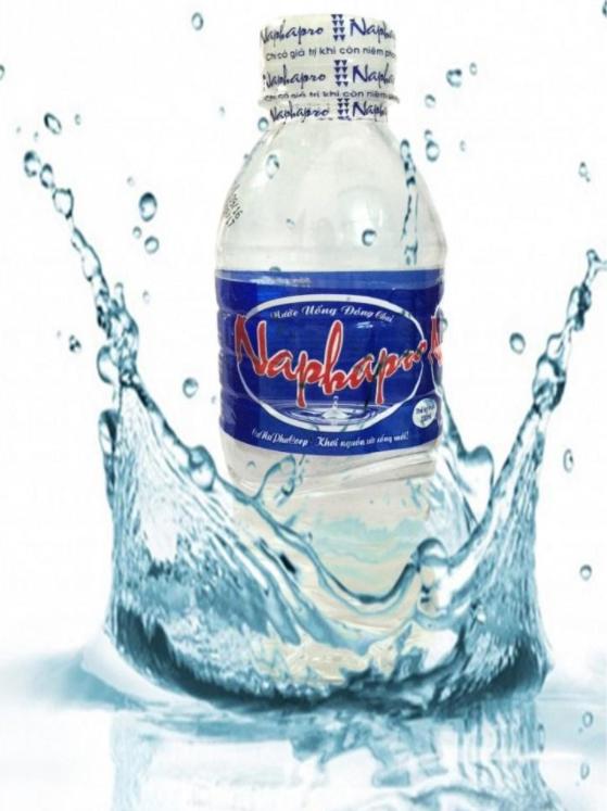 Nước đóng bình hoàn toàn an toàn